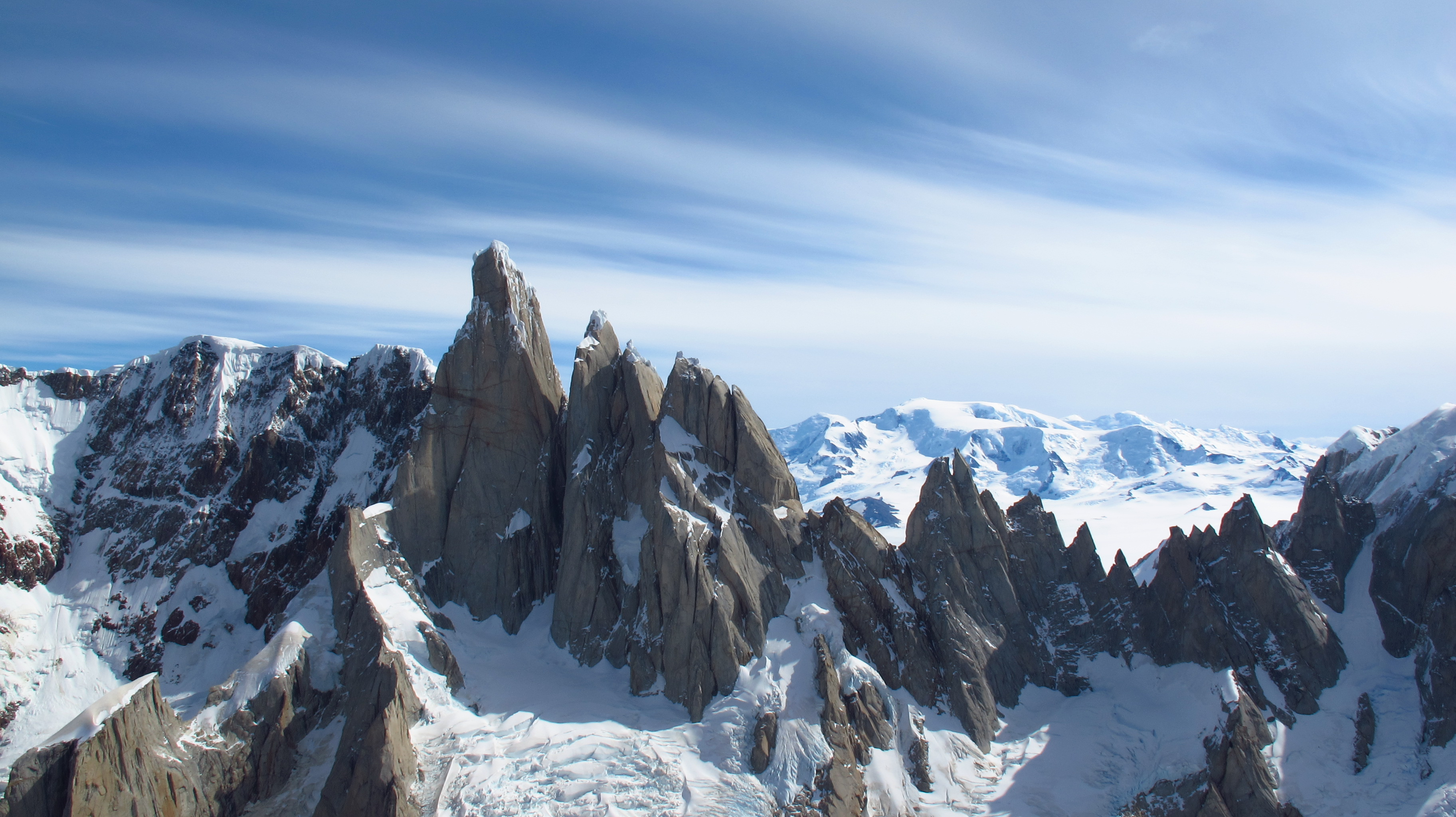 High Resolution Wallpaper | Cerro Torre 3648x2048 px