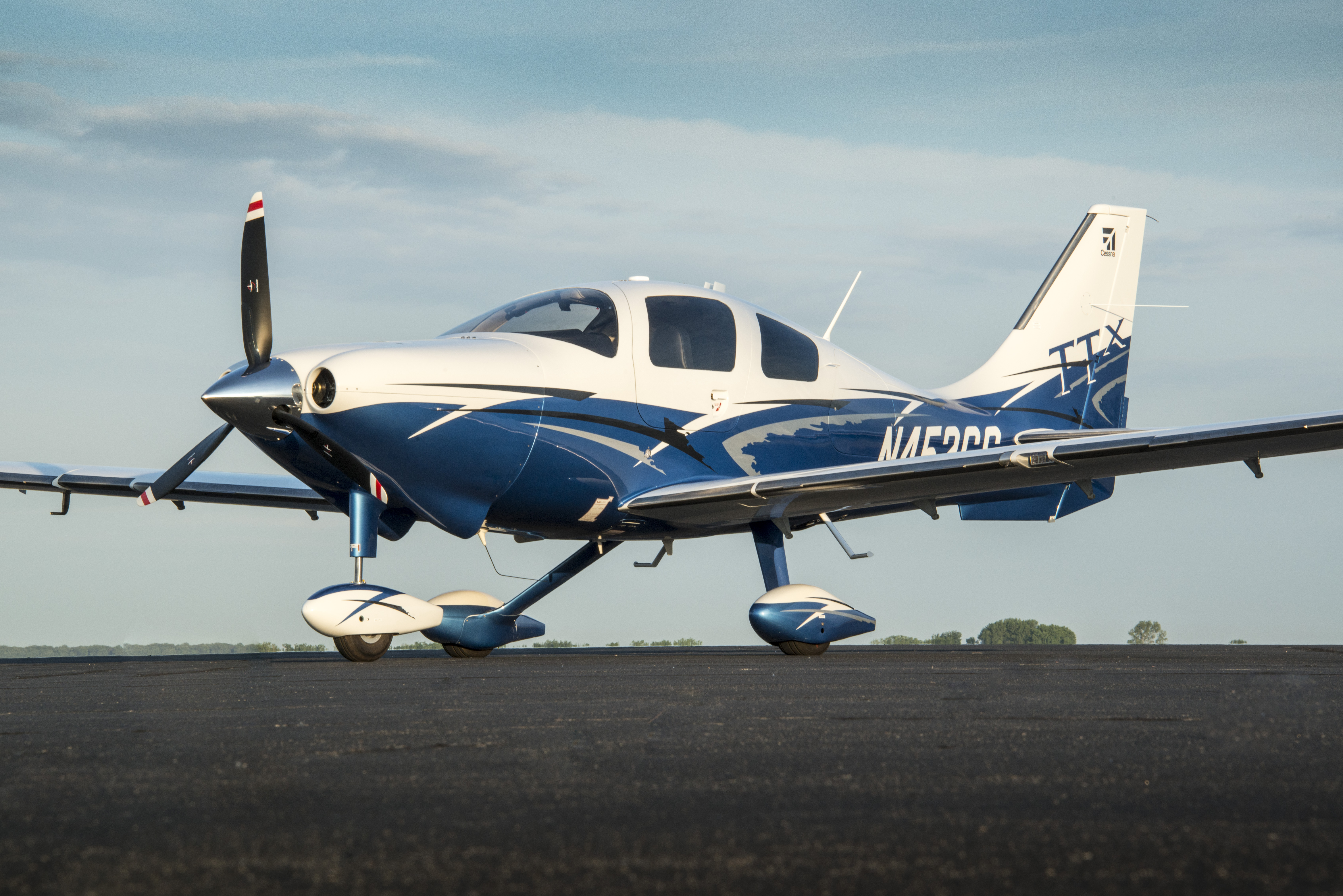 7360x4912 > Cessna Wallpapers