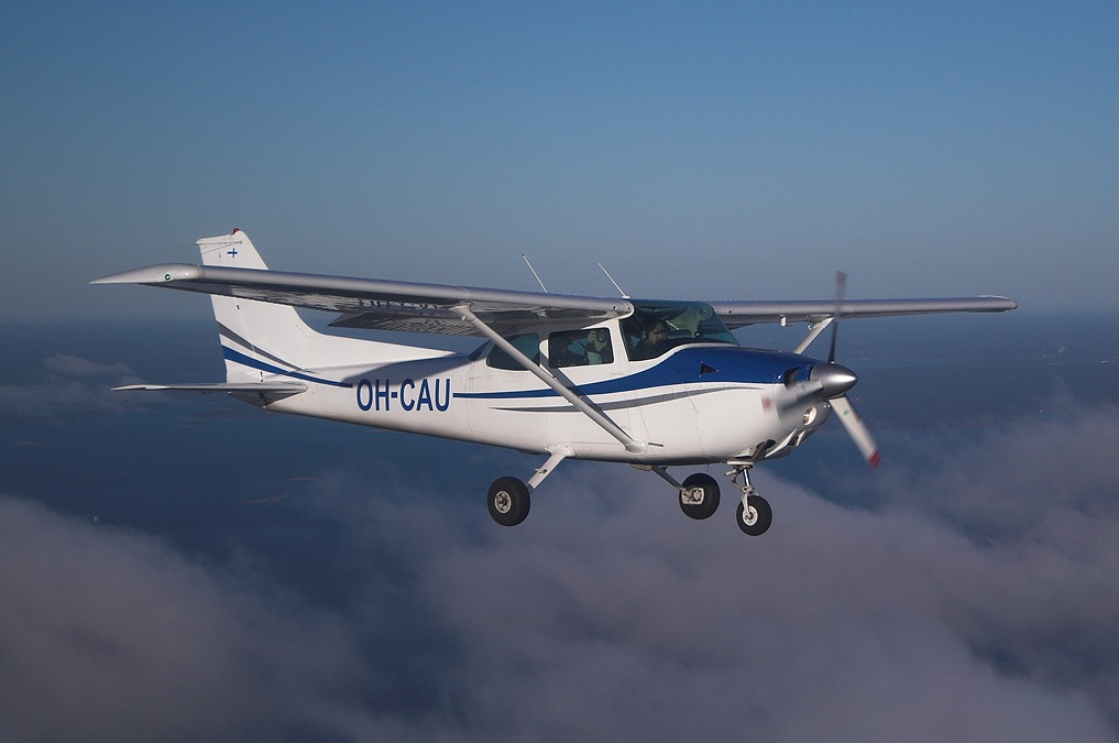 HQ Cessna Wallpapers | File 114.13Kb