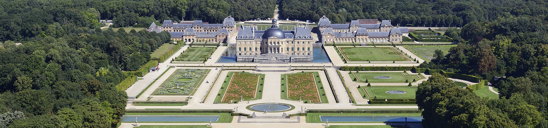 Vaux-le-Vicomte Backgrounds, Compatible - PC, Mobile, Gadgets| 1920x450 px