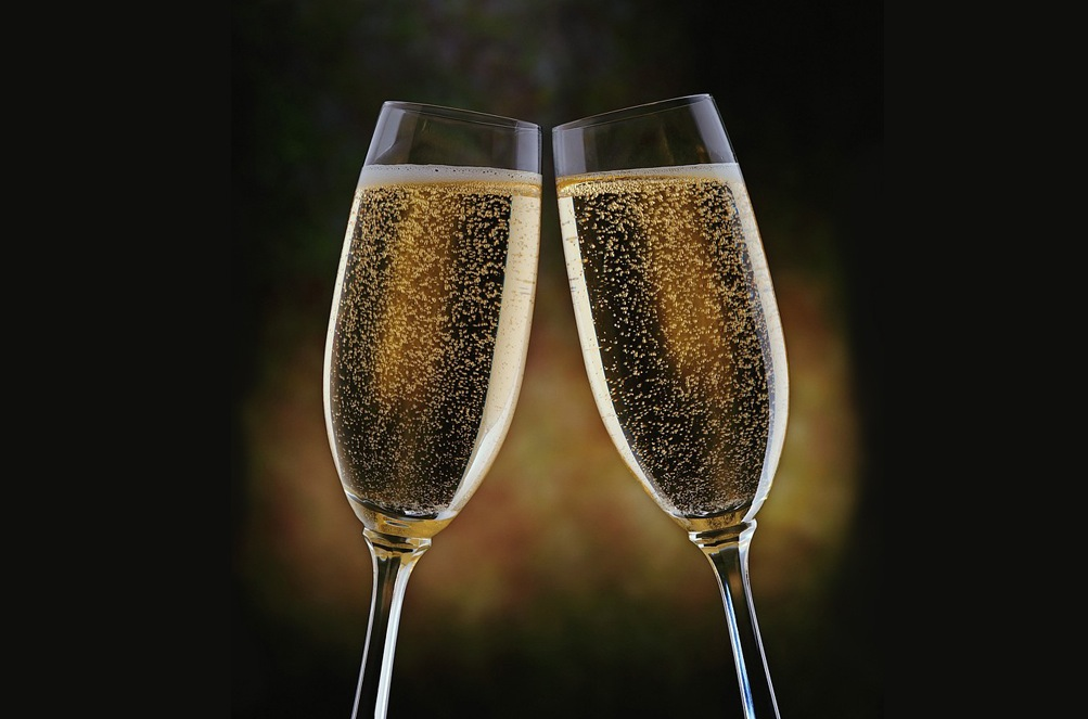 Champagne High Quality Background on Wallpapers Vista