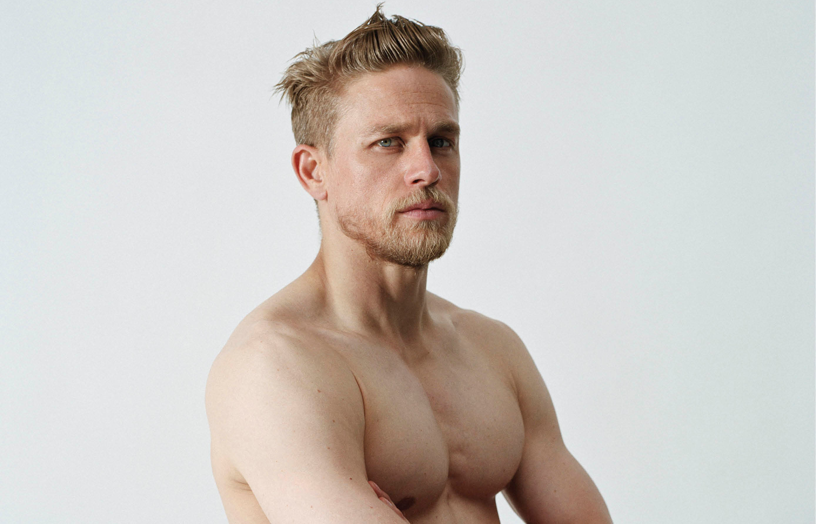 Images of Charlie Hunnam | 2776x1781