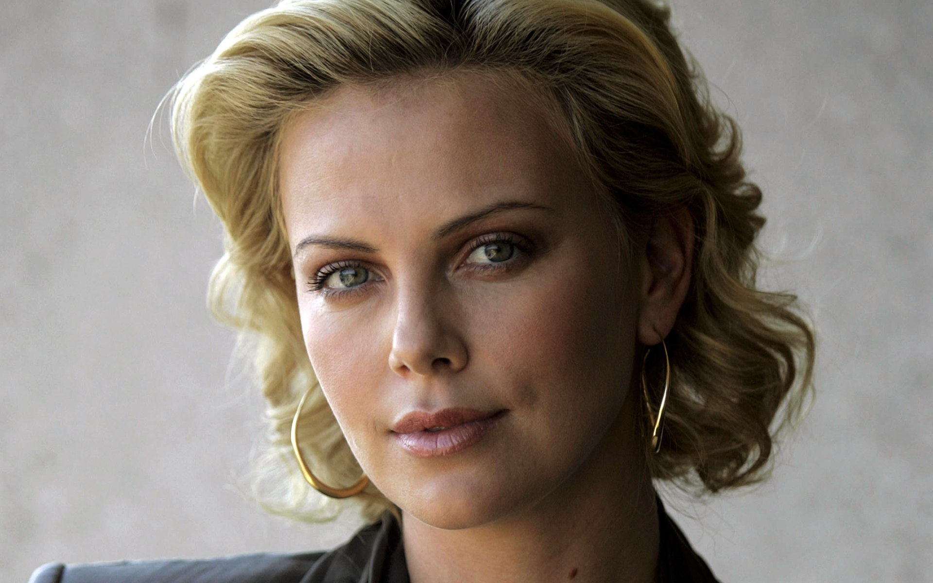 HD Quality Wallpaper | Collection: Celebrity, 1920x1200 Charlize Theron