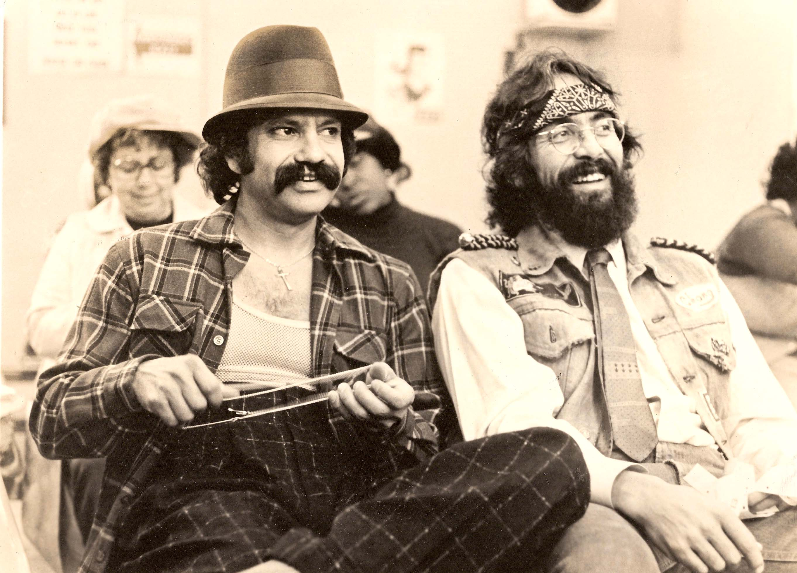 High Resolution Wallpaper | Cheech And Chong 2725x1960 px