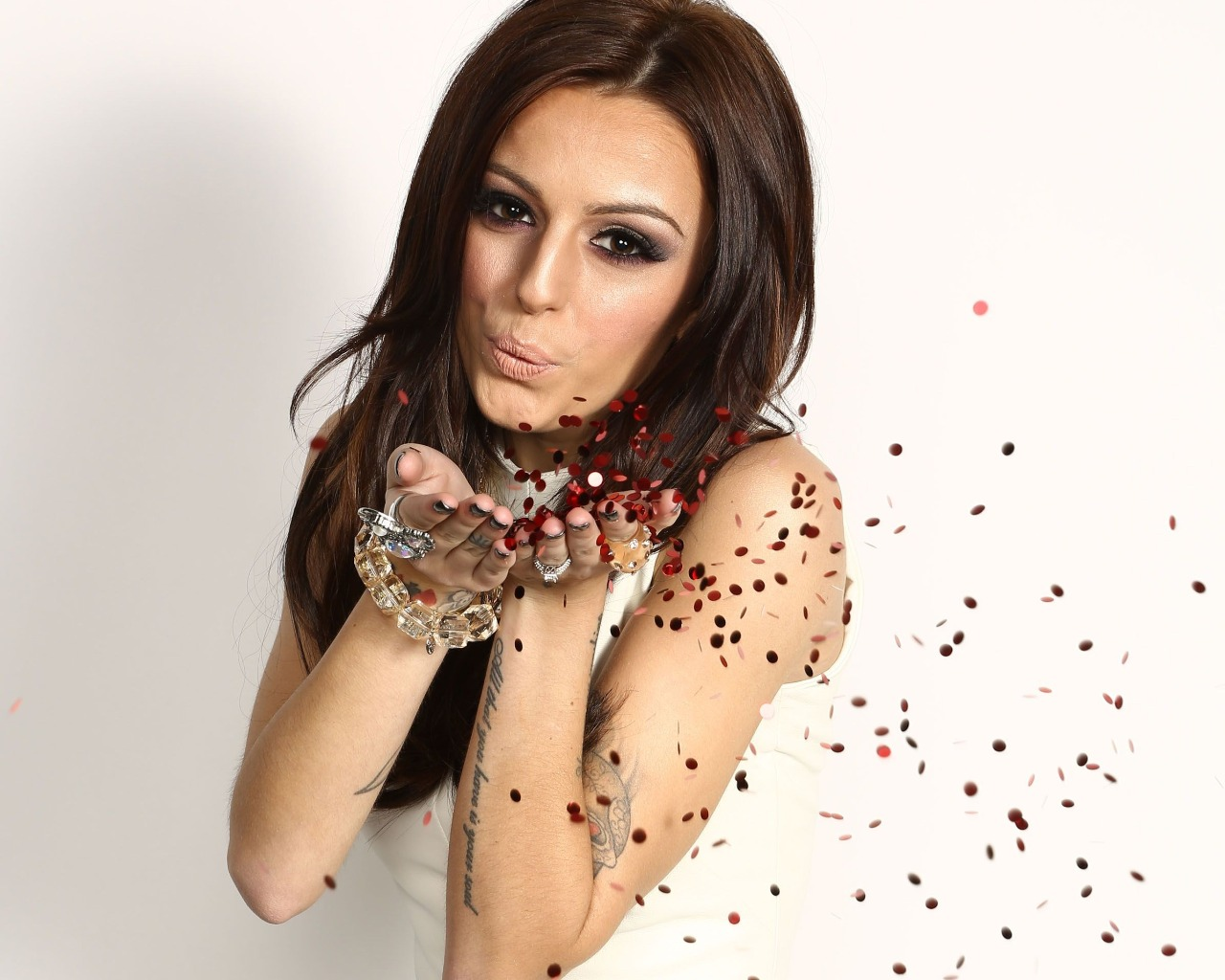 Nice Images Collection: Cher Lloyd Desktop Wallpapers