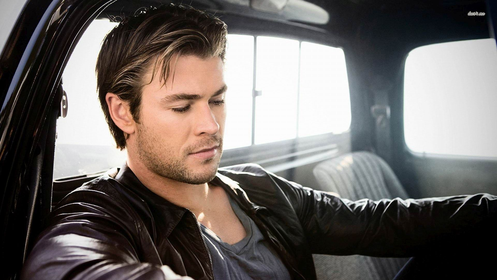 1920x1080 > Chris Hemsworth Wallpapers