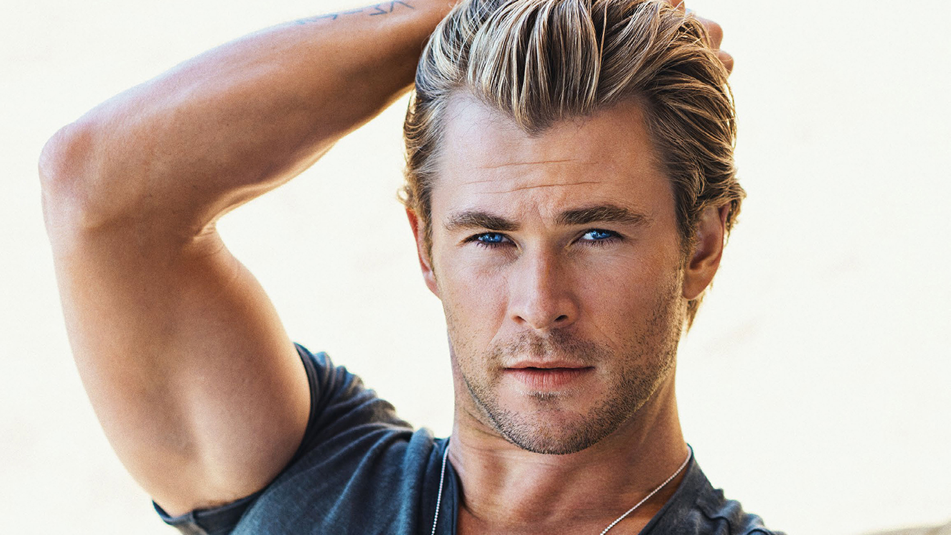 Chris Hemsworth #10