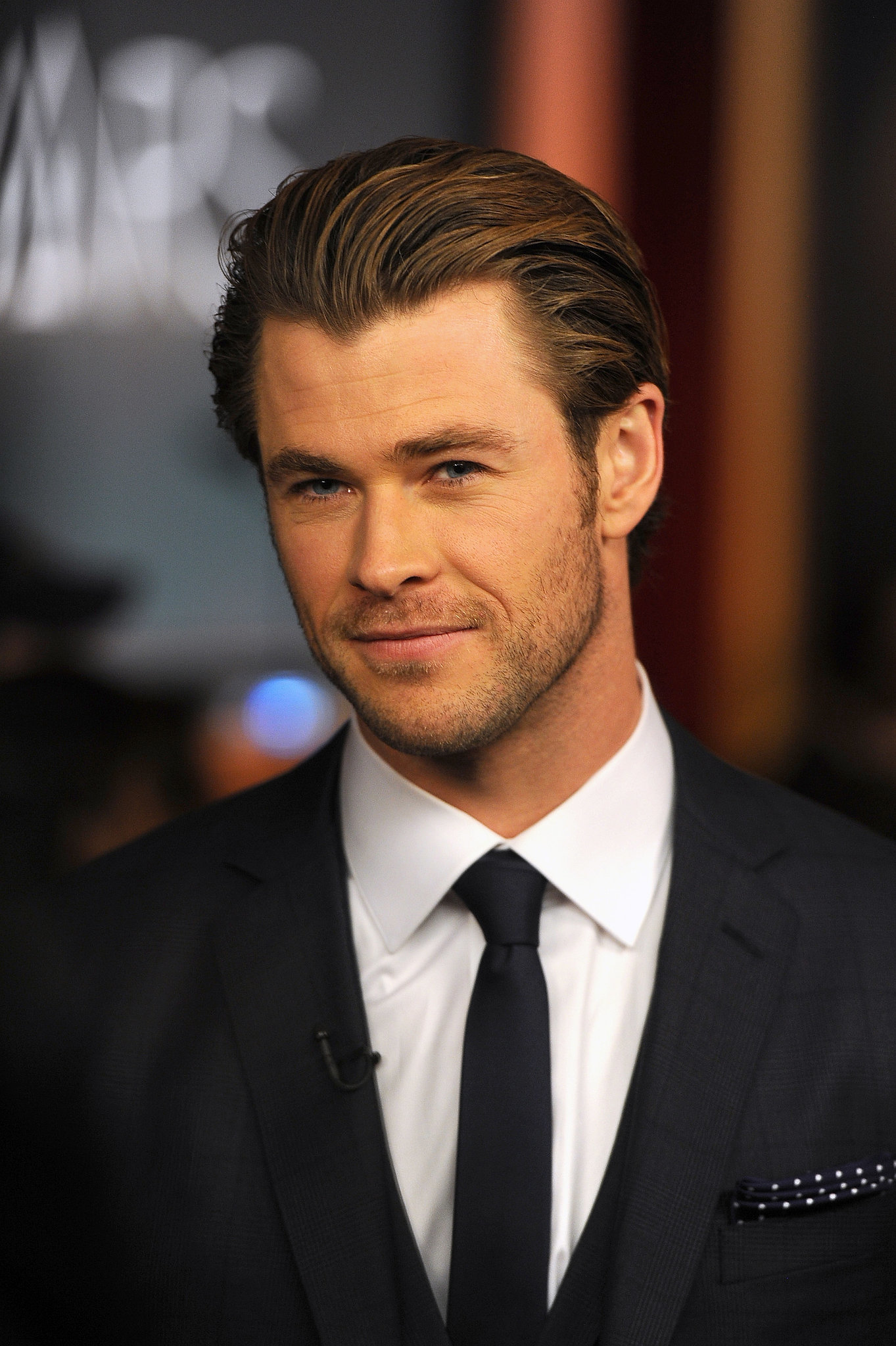 Amazing Chris Hemsworth Pictures & Backgrounds