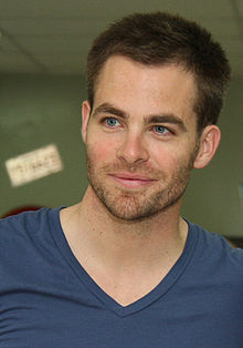220x314 > Chris Pine Wallpapers