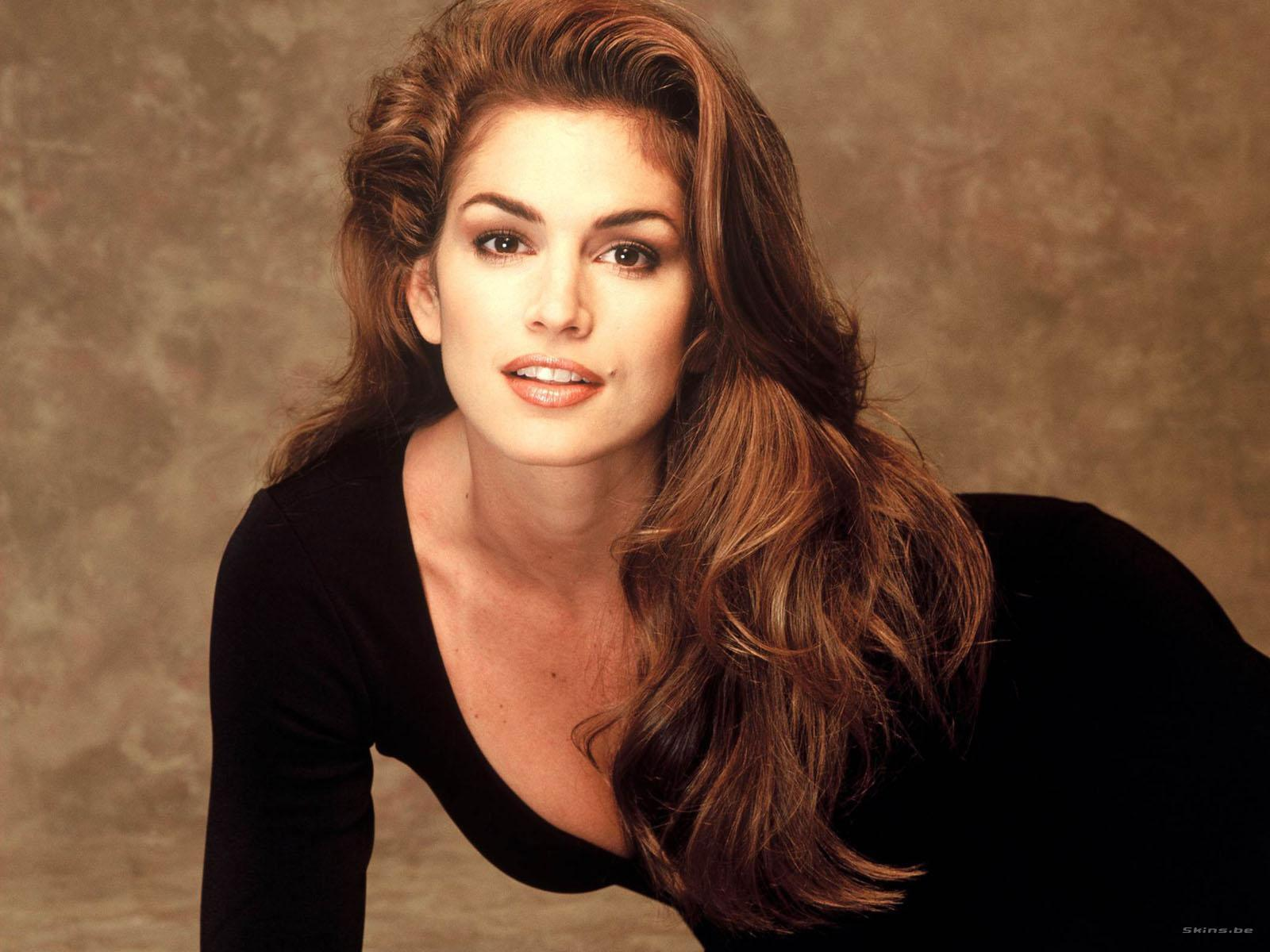 HQ Cindy Crawford Wallpapers | File 161.79Kb