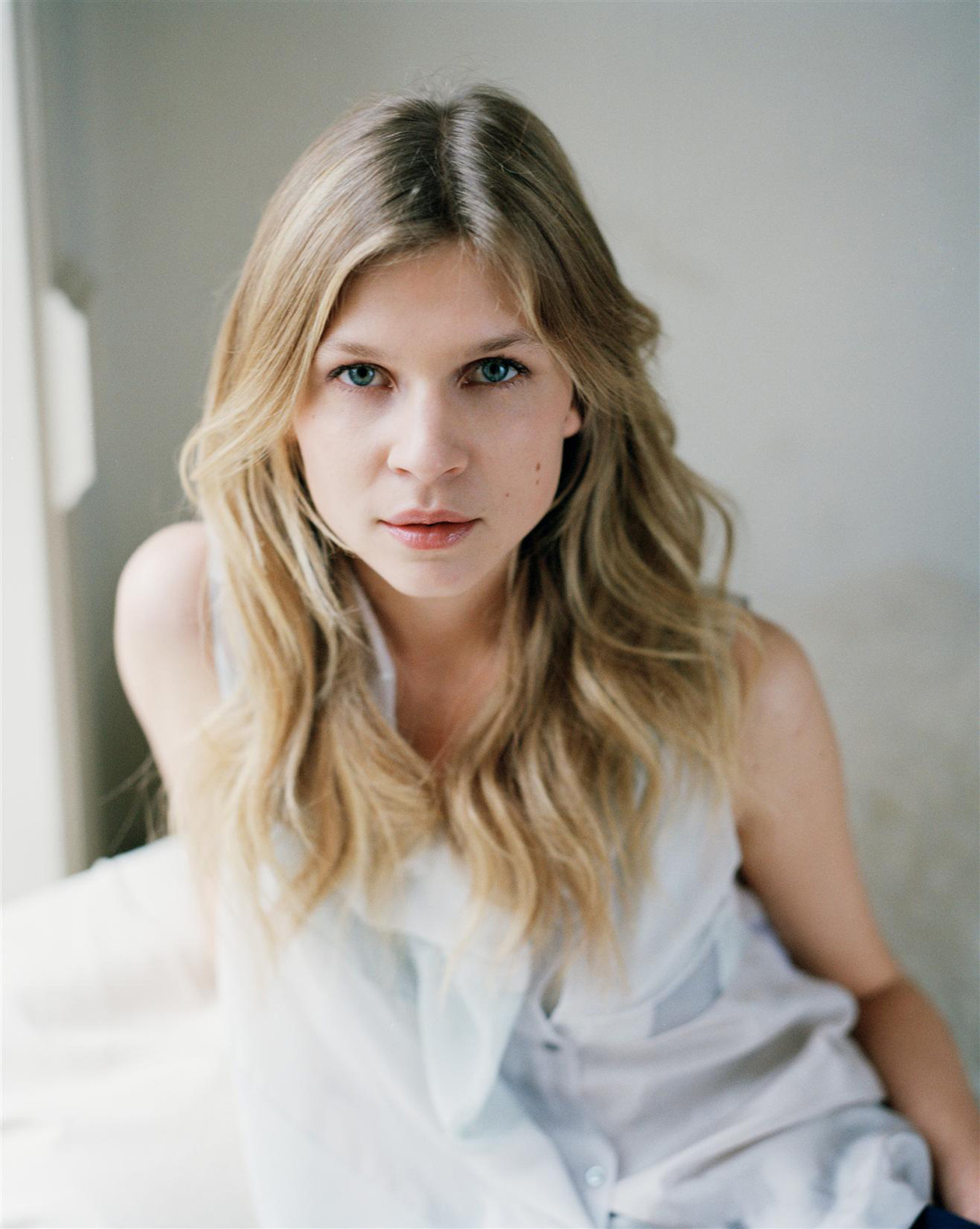 Clemence Poesy Backgrounds on Wallpapers Vista