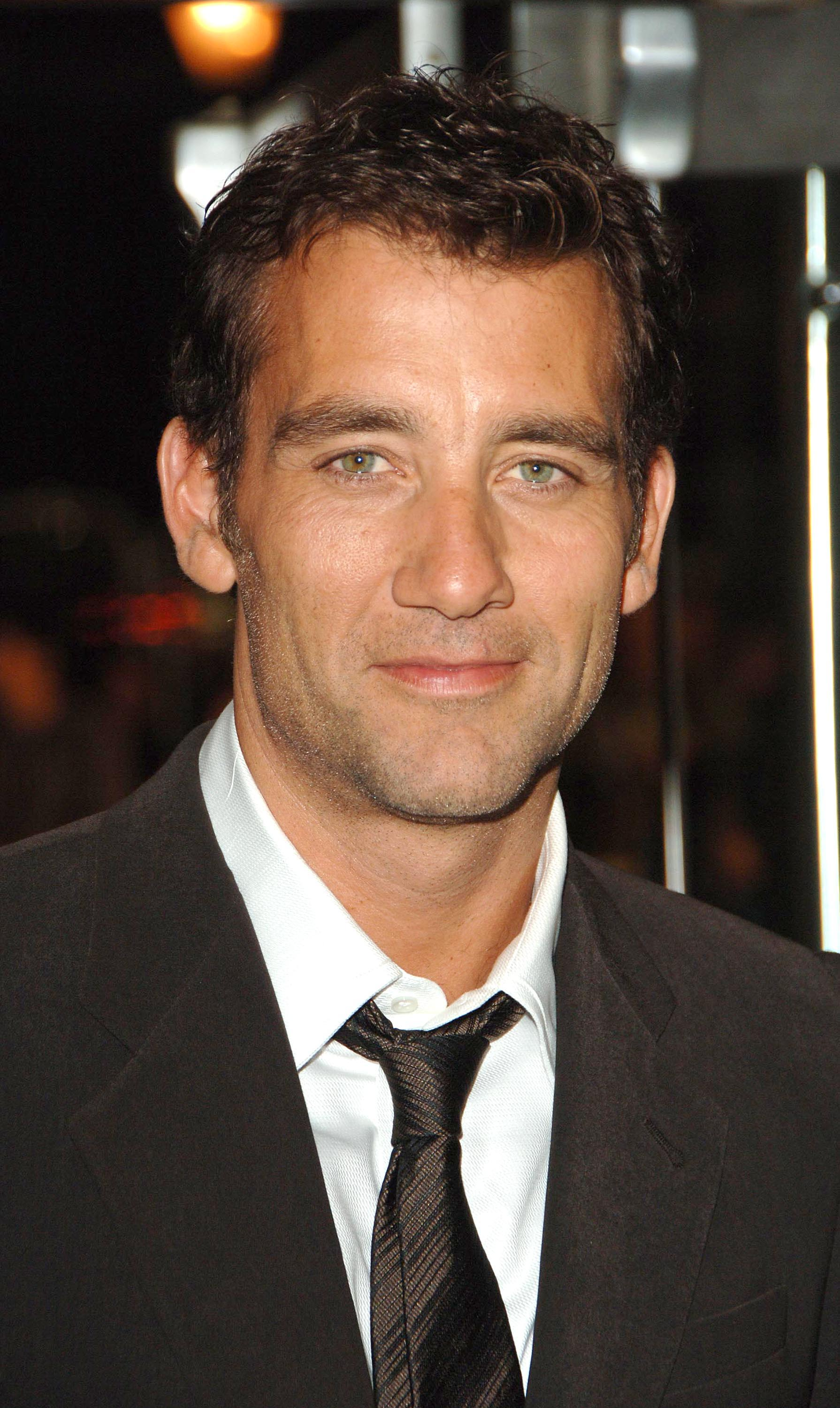Nice wallpapers Clive Owen  1790x3000px