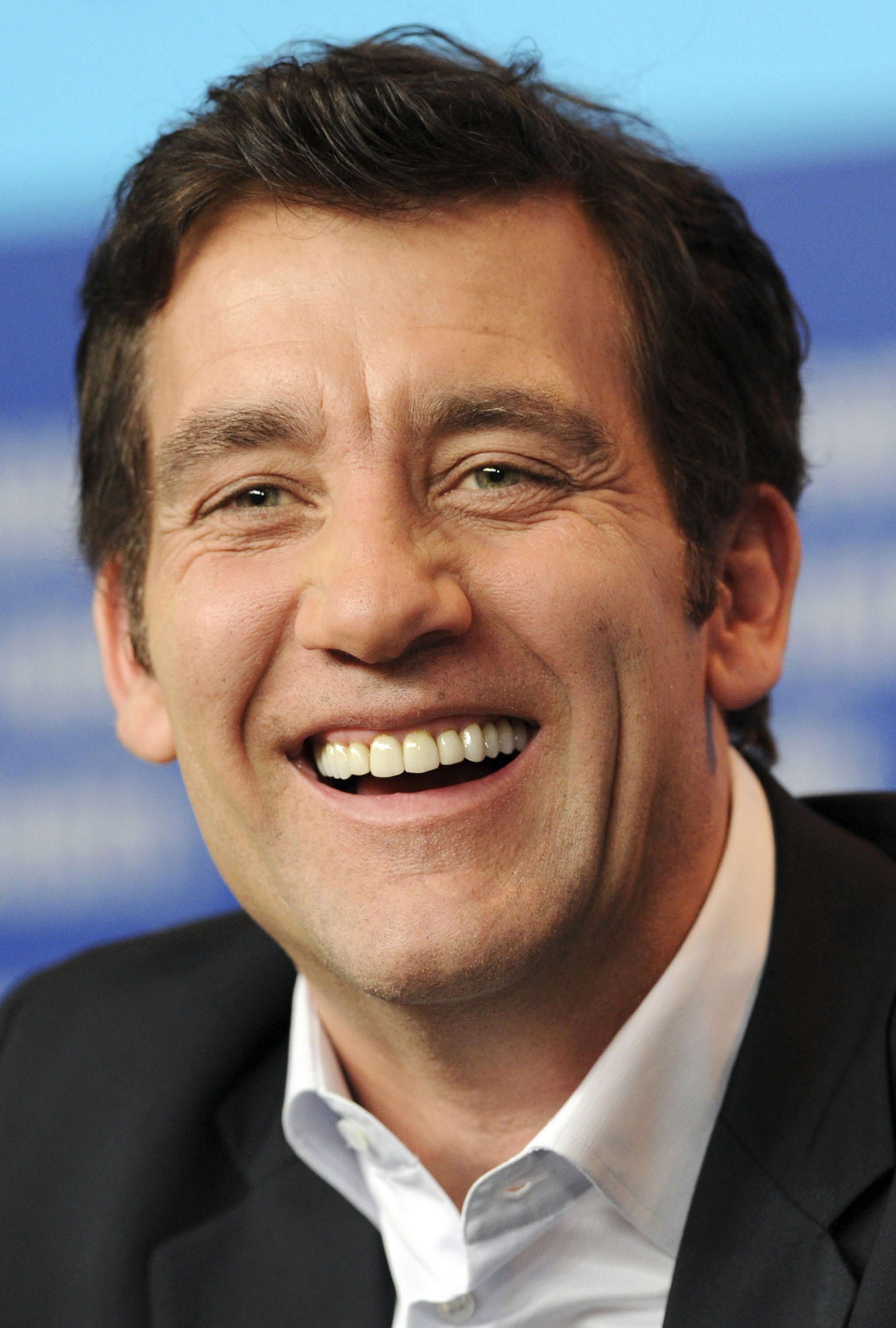 HD Quality Wallpaper | Collection: Celebrity, 2025x3000 Clive Owen