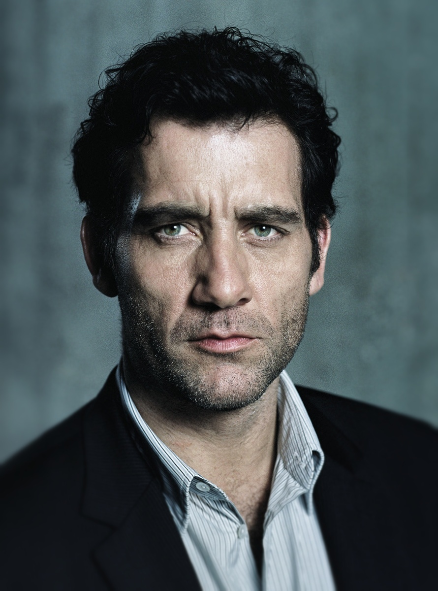 890x1200 > Clive Owen  Wallpapers