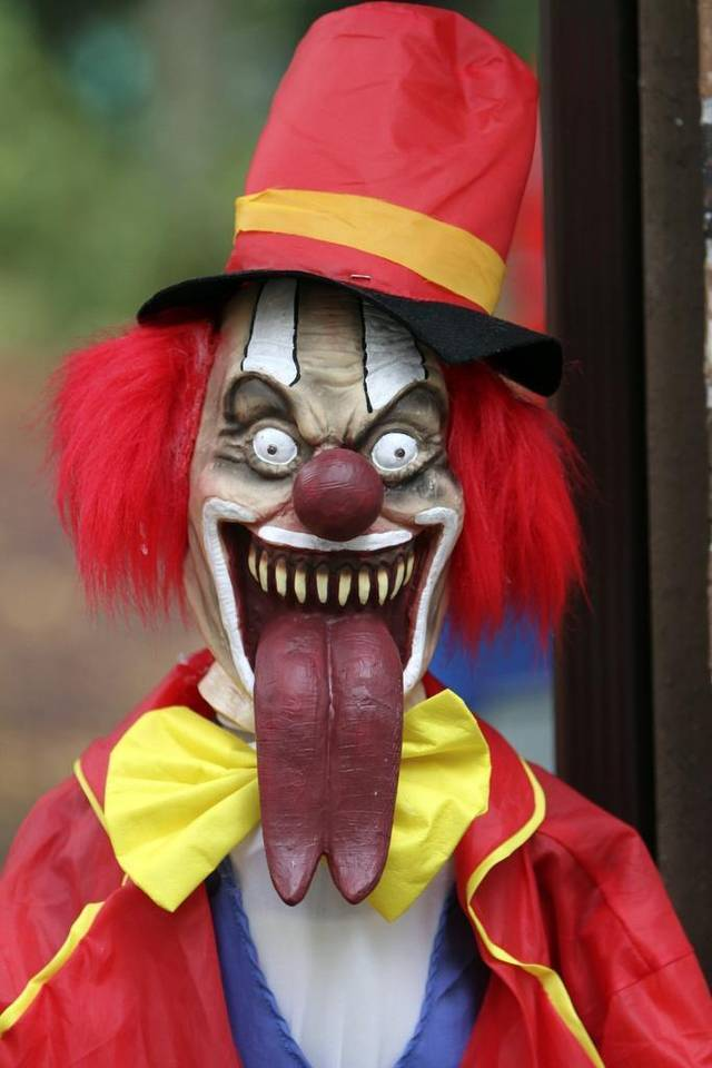 Nice wallpapers Clown 640x960px