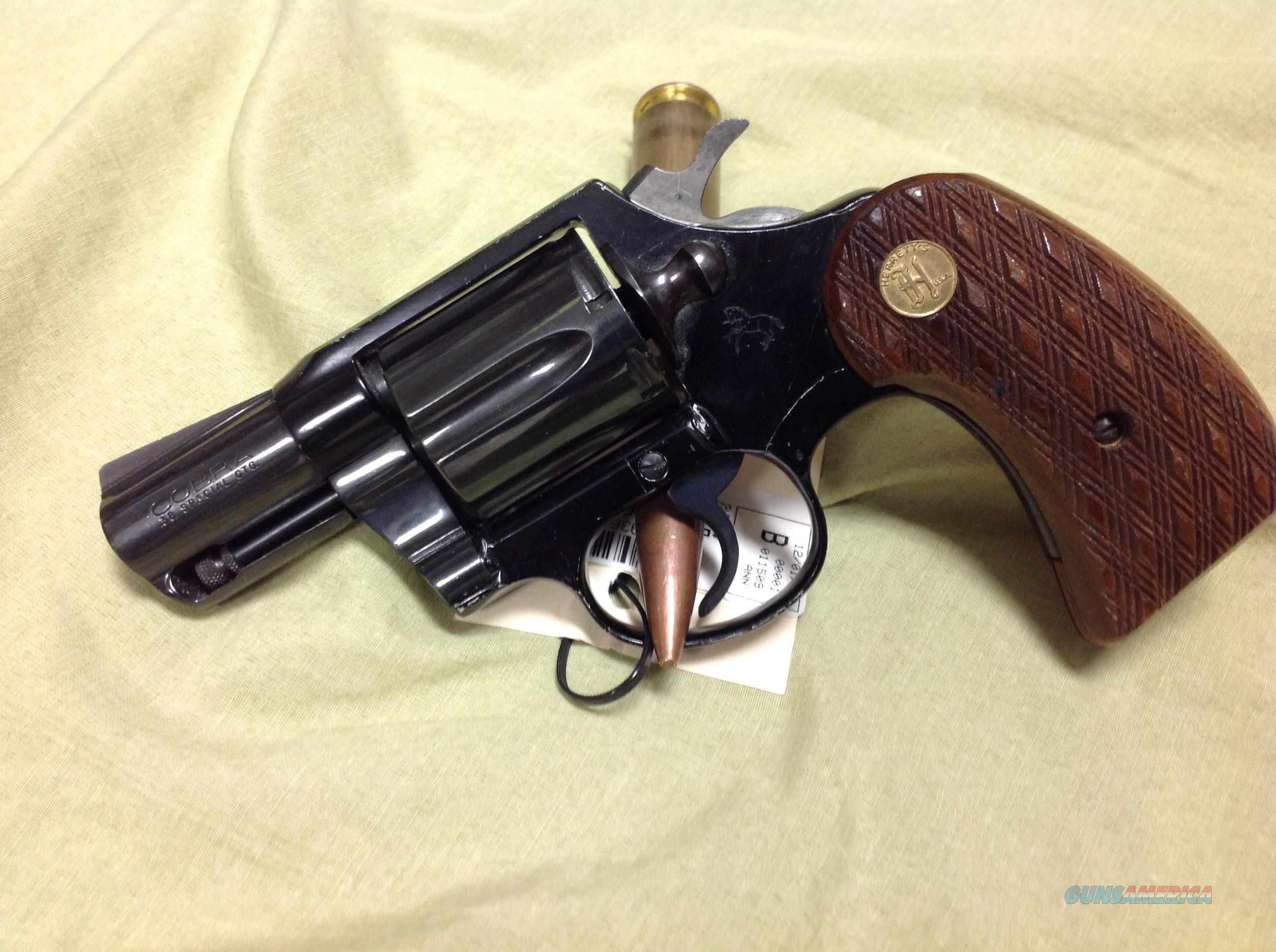 HQ Colt Cobra 38 Special Revolver Wallpapers | File 559.19Kb