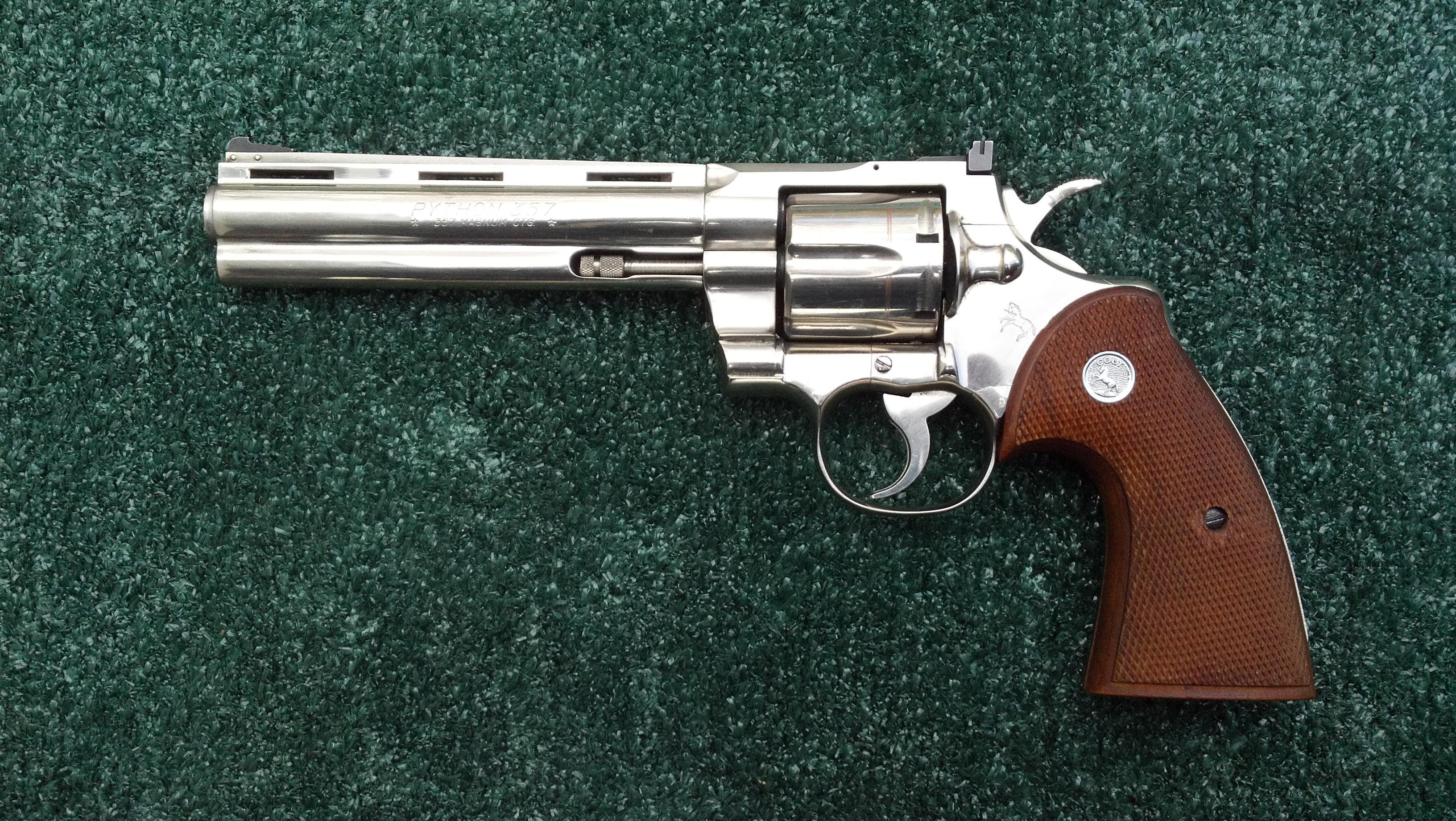 HQ Colt Python Revolver Wallpapers   File 1158.16Kb