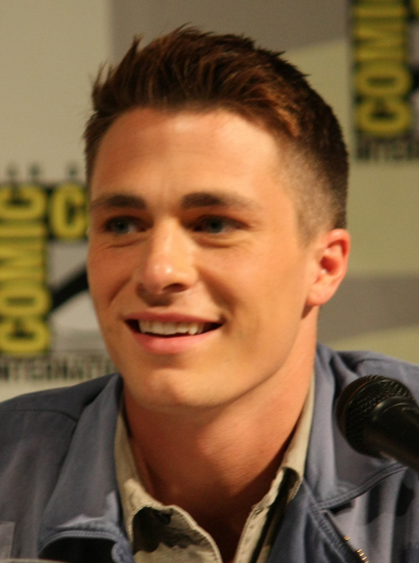 1360x1827 > Colton Haynes Wallpapers