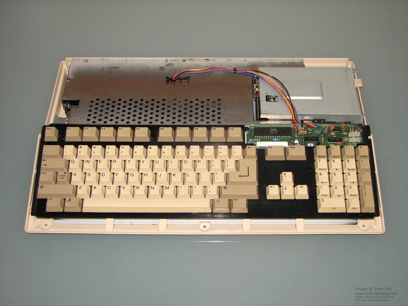HQ Commodore Amiga Wallpapers   File 506.9Kb