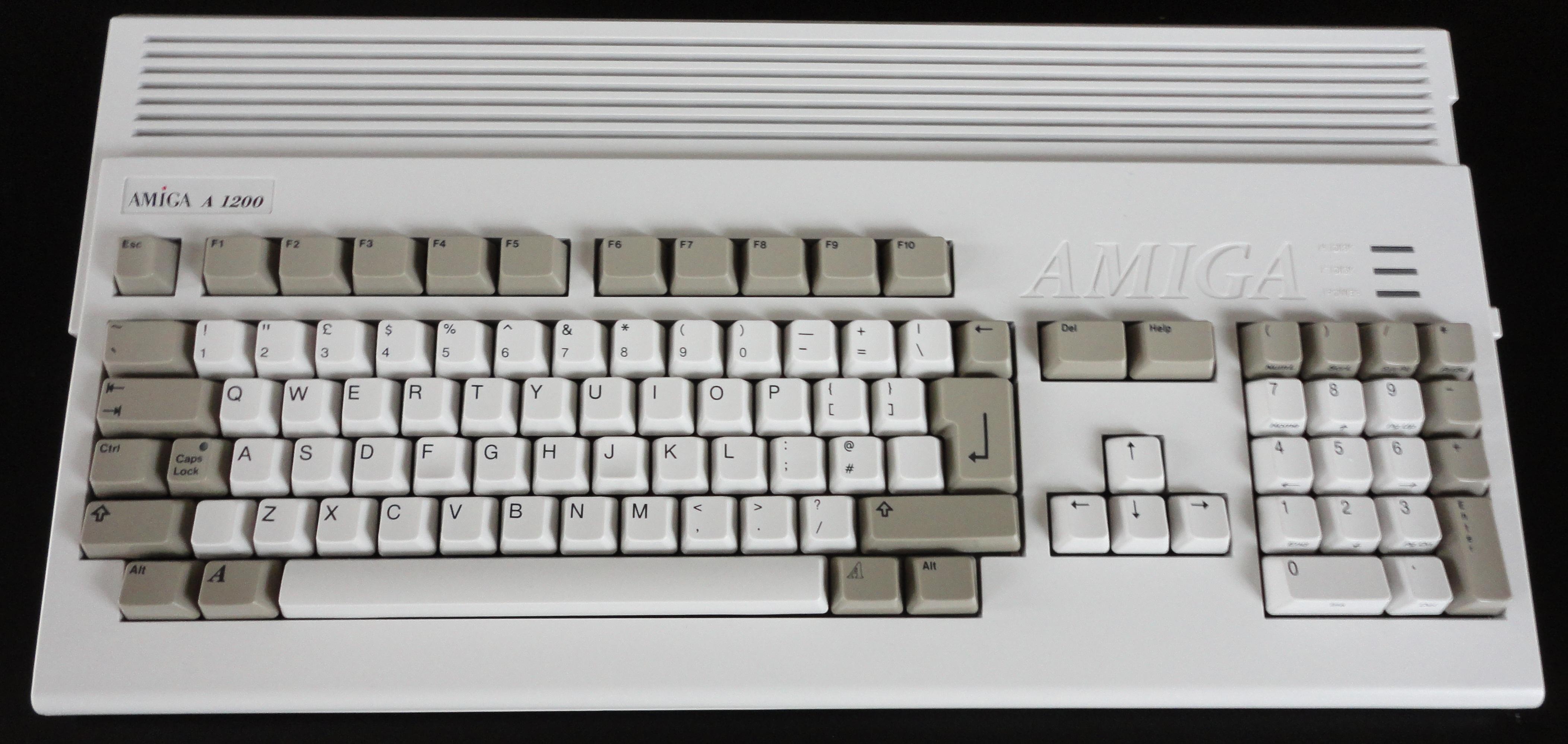 High Resolution Wallpaper | Commodore Amiga 4209x1997 px