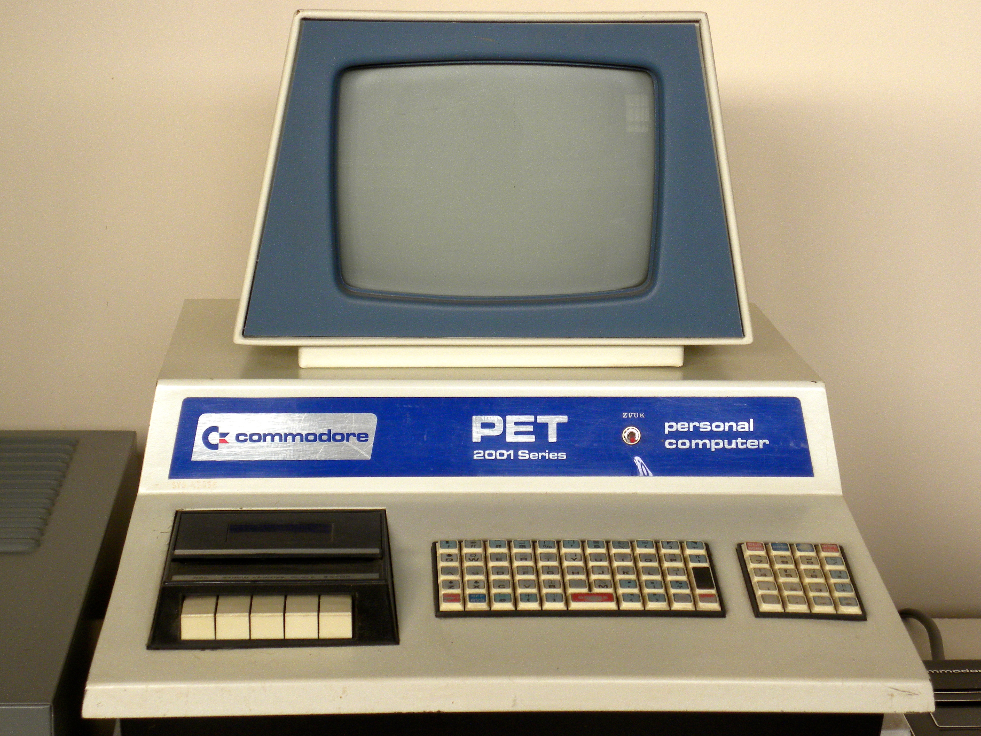 High Resolution Wallpaper | Commodore PET 2001 3799x2849 px