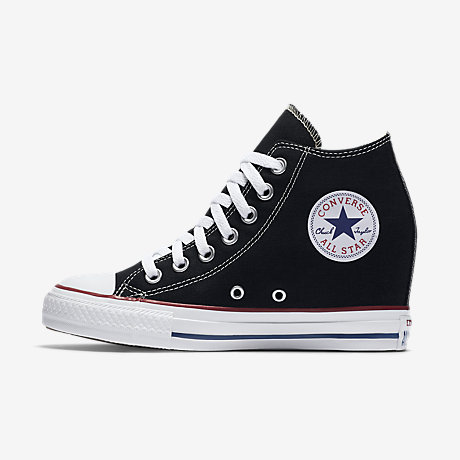 Amazing Converse Pictures & Backgrounds