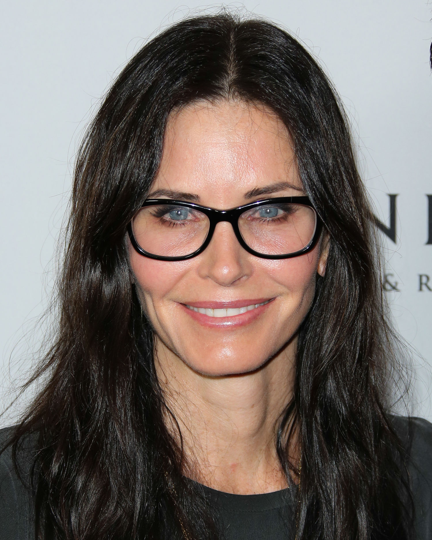 Amazing Courteney Cox Pictures & Backgrounds