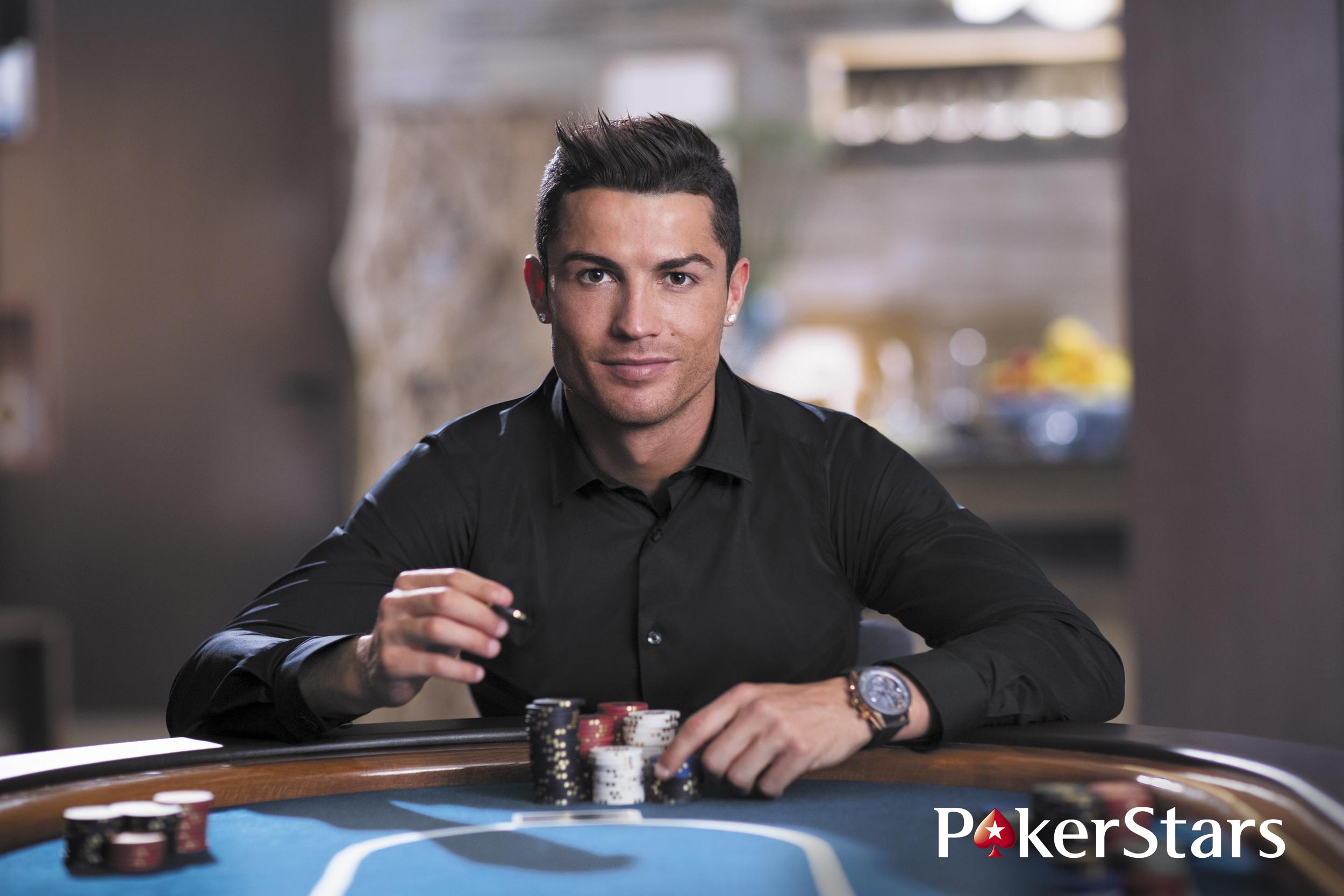 2500x1667 > Cristiano Ronaldo Wallpapers