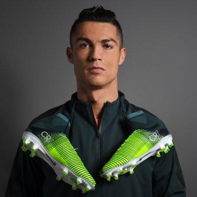 HD Quality Wallpaper | Collection: Sports, 400x400 Cristiano Ronaldo