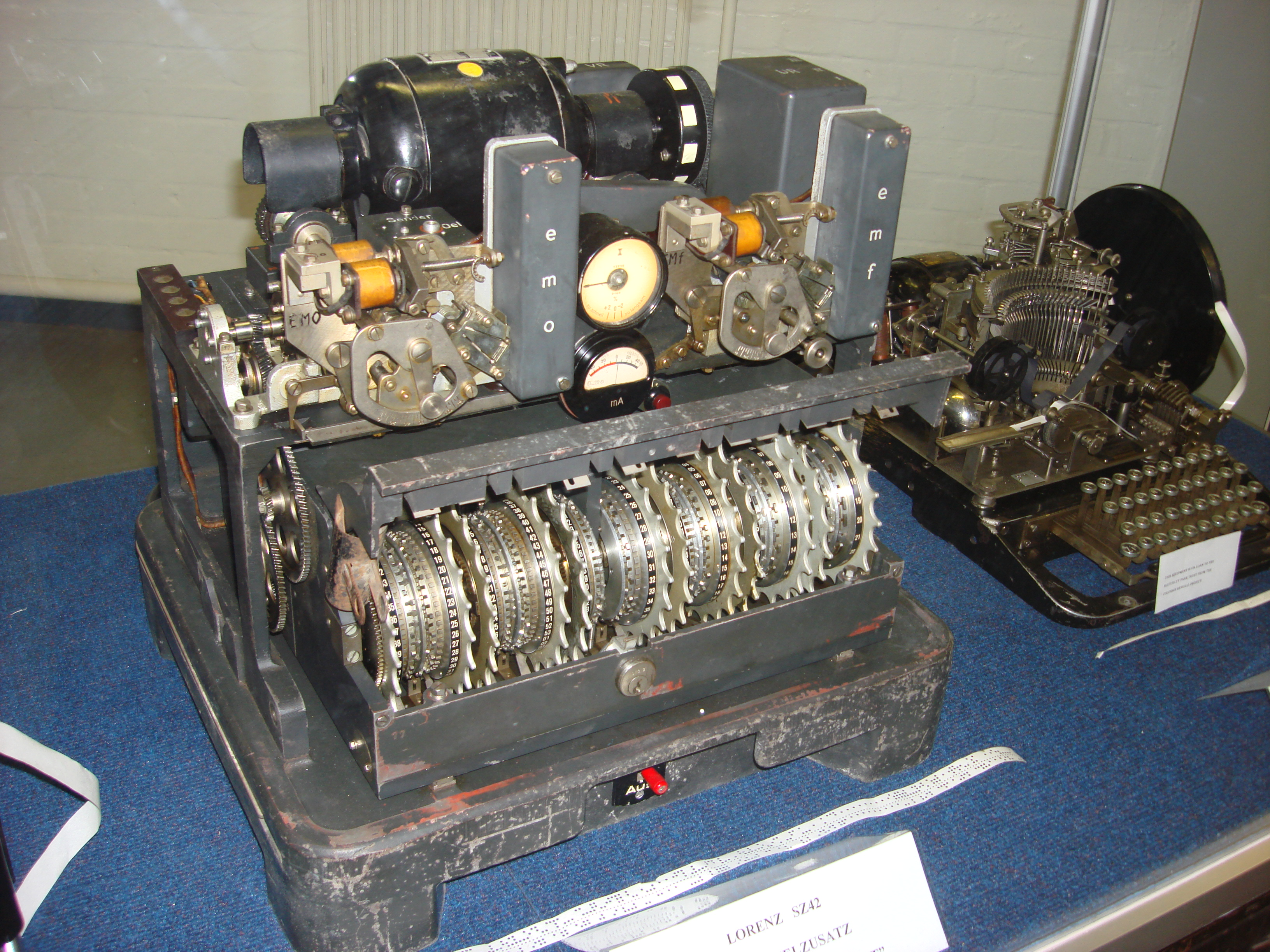 HD Quality Wallpaper | Collection: Technology, 3264x2448 Cypher Machine