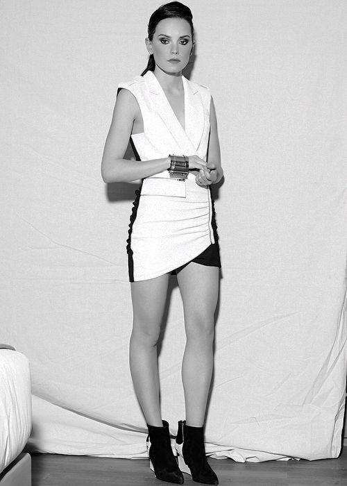 Daisy Ridley #18