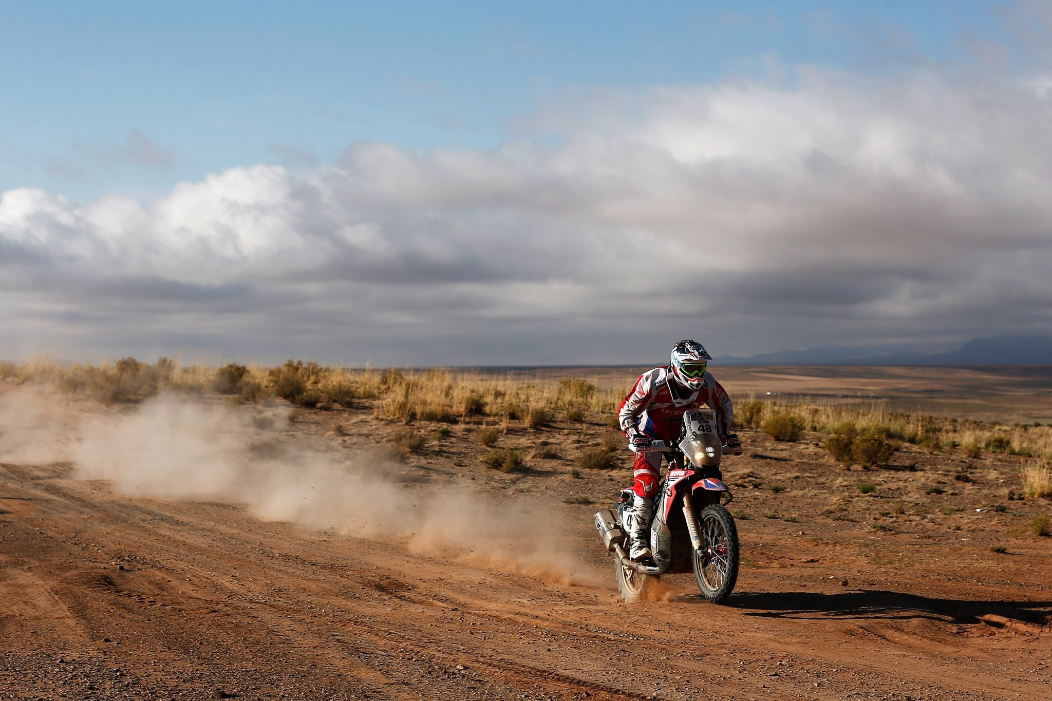 2048x1365 > Dakar Rally Wallpapers