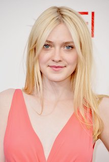 Nice wallpapers Dakota Fanning 214x317px