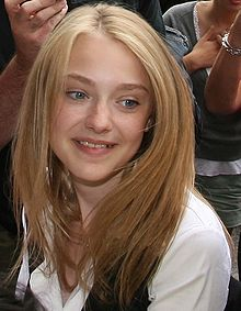 Images of Dakota Fanning | 220x283