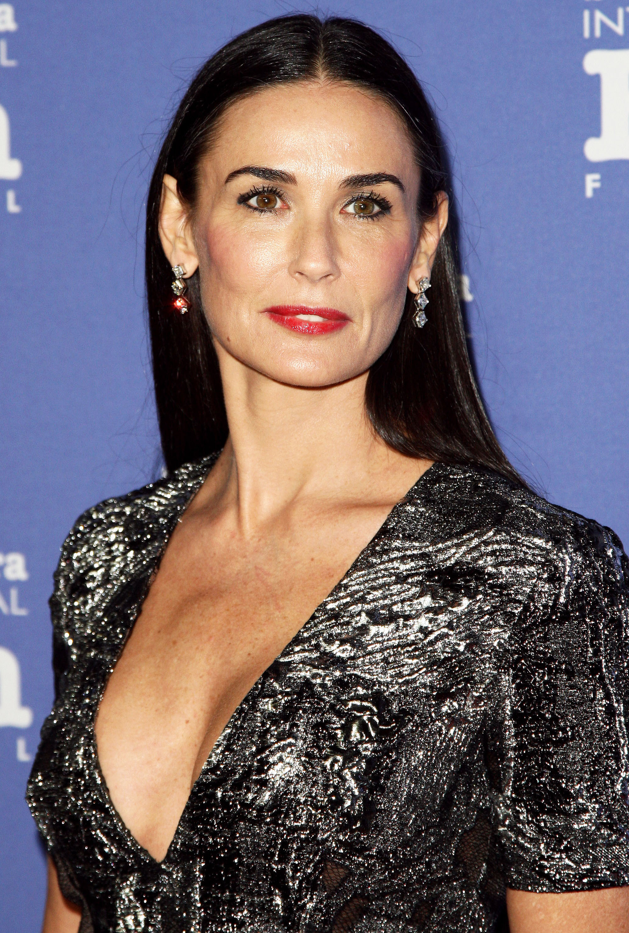 HD Quality Wallpaper | Collection: Celebrity, 2000x2963 Demi Moore