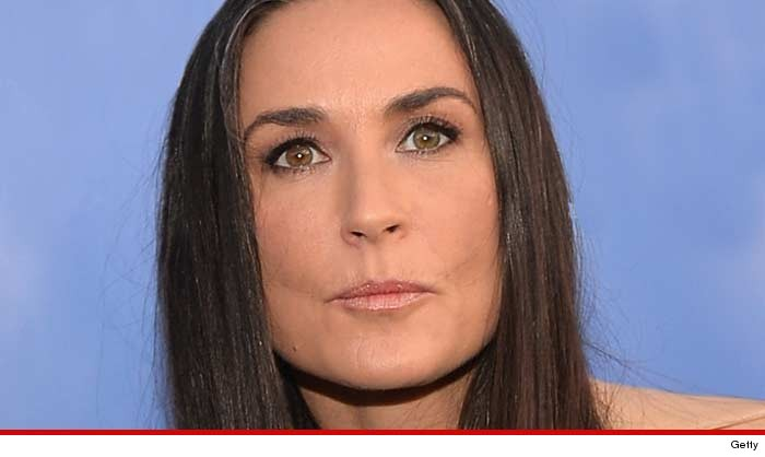 Nice wallpapers Demi Moore 700x418px