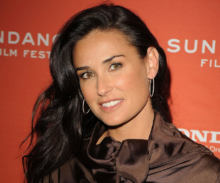 High Resolution Wallpaper | Demi Moore 900x750 px