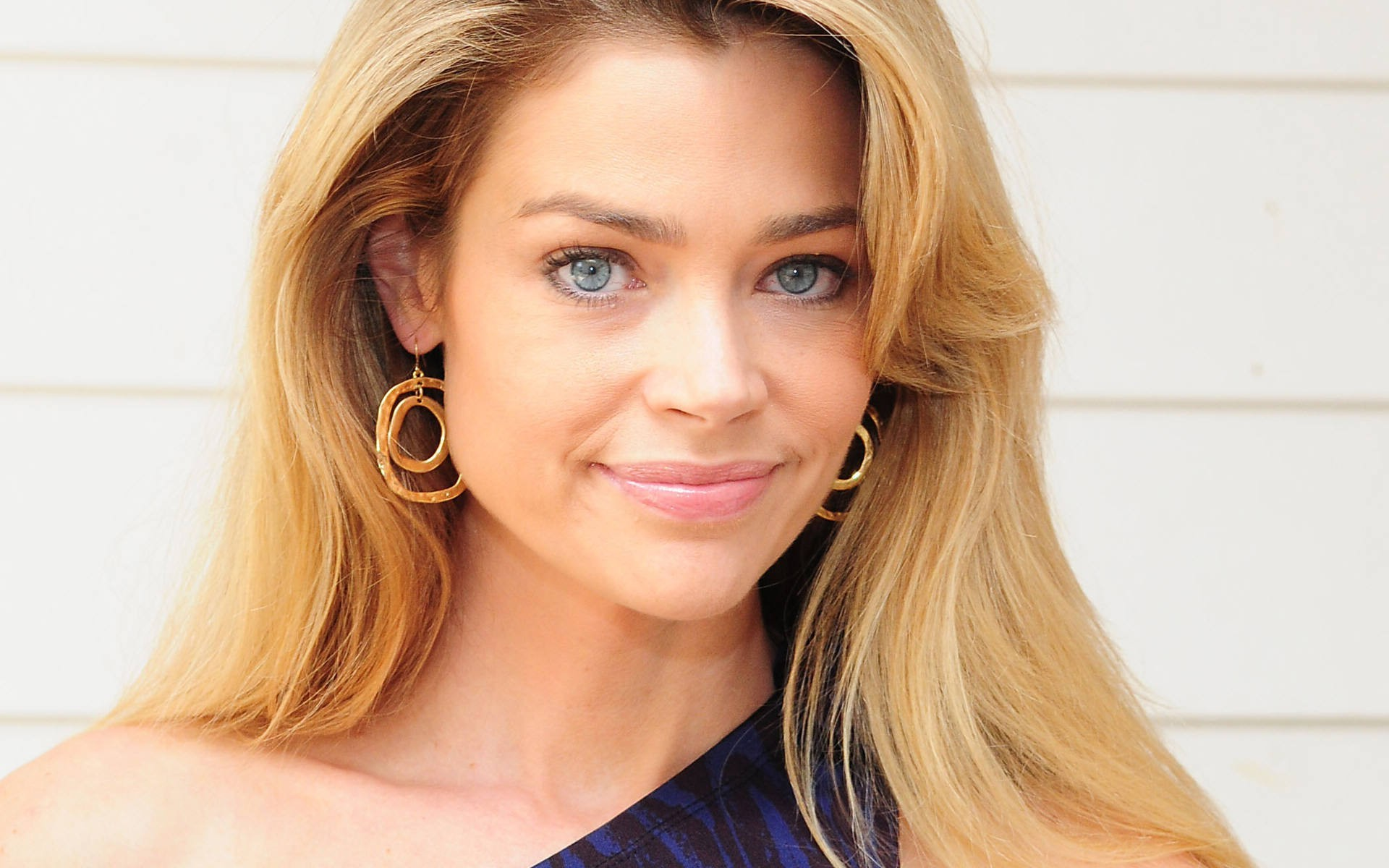 Nice wallpapers Denise Richards 1920x1200px
