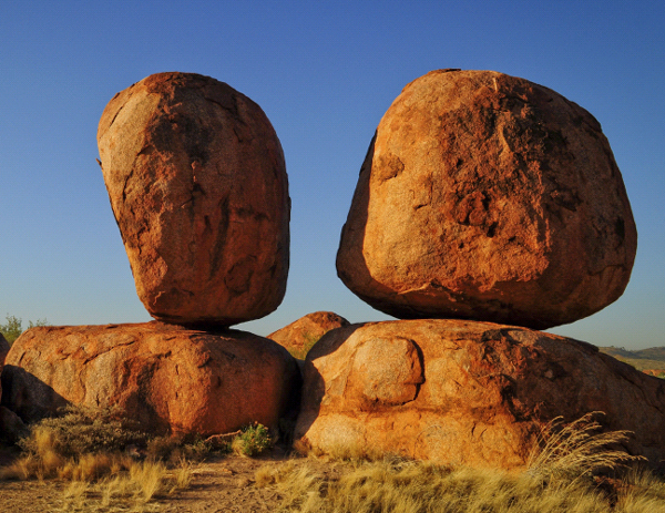Images of Devils Marbles | 600x463