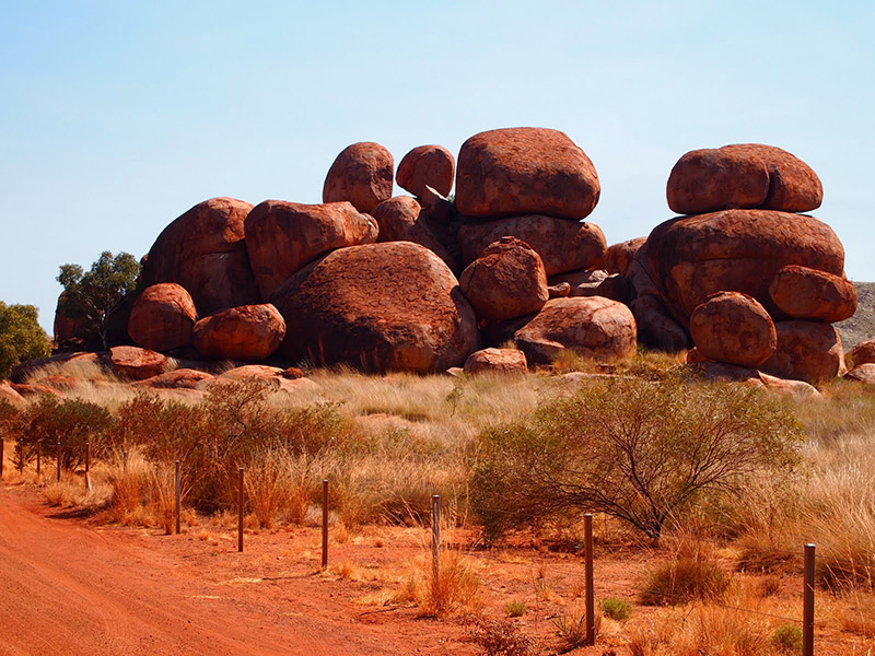 Images of Devils Marbles | 800x600