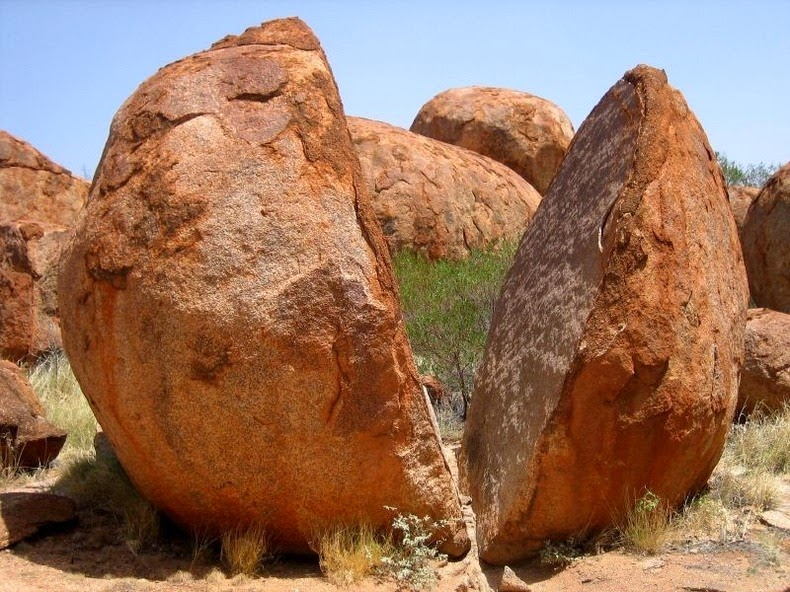 Devils Marbles Backgrounds on Wallpapers Vista