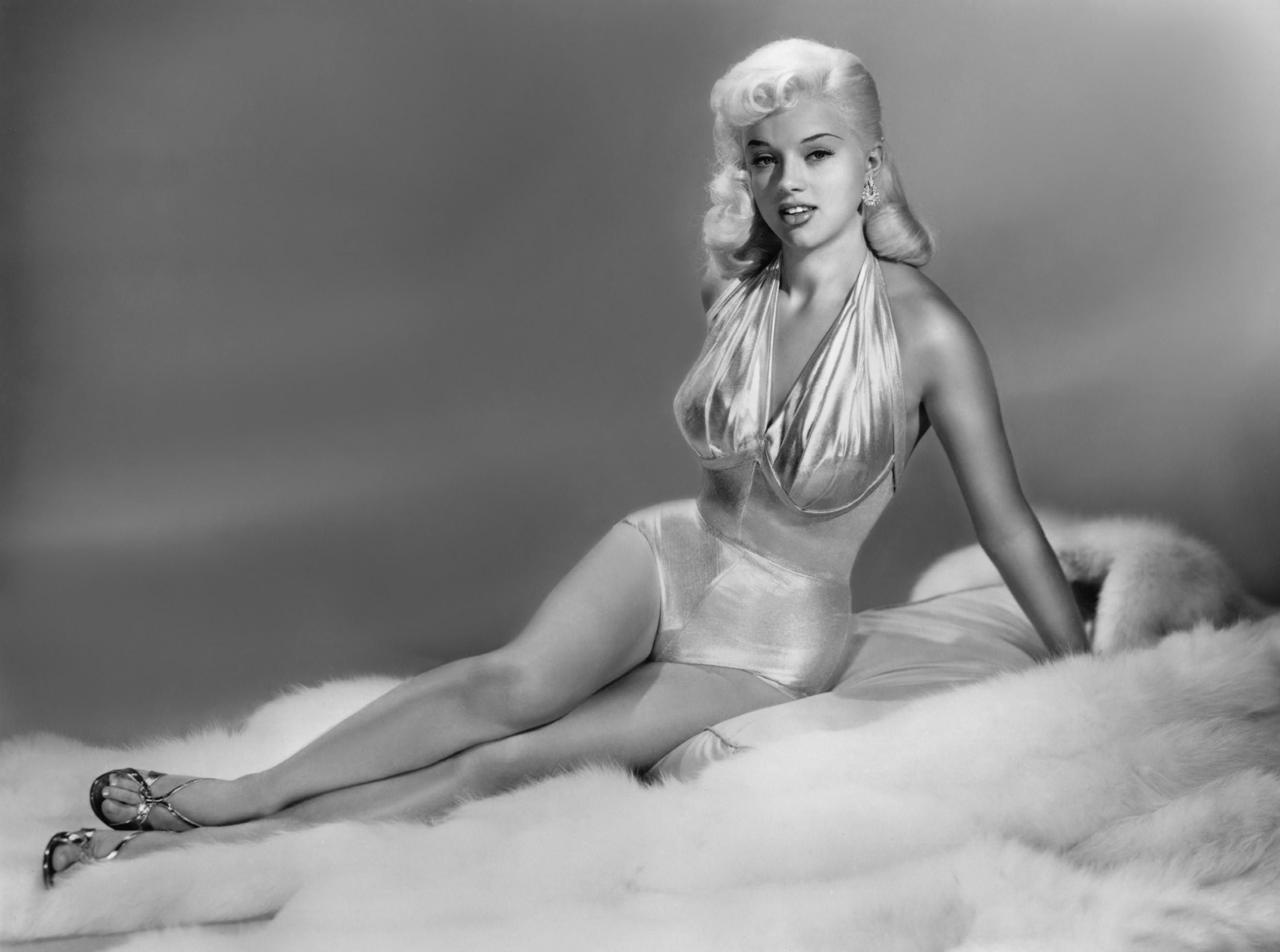 Diana Dors High Quality Background on Wallpapers Vista