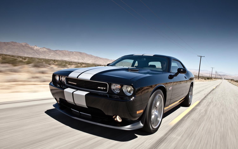 Dodge Challenger SRT8 Backgrounds on Wallpapers Vista