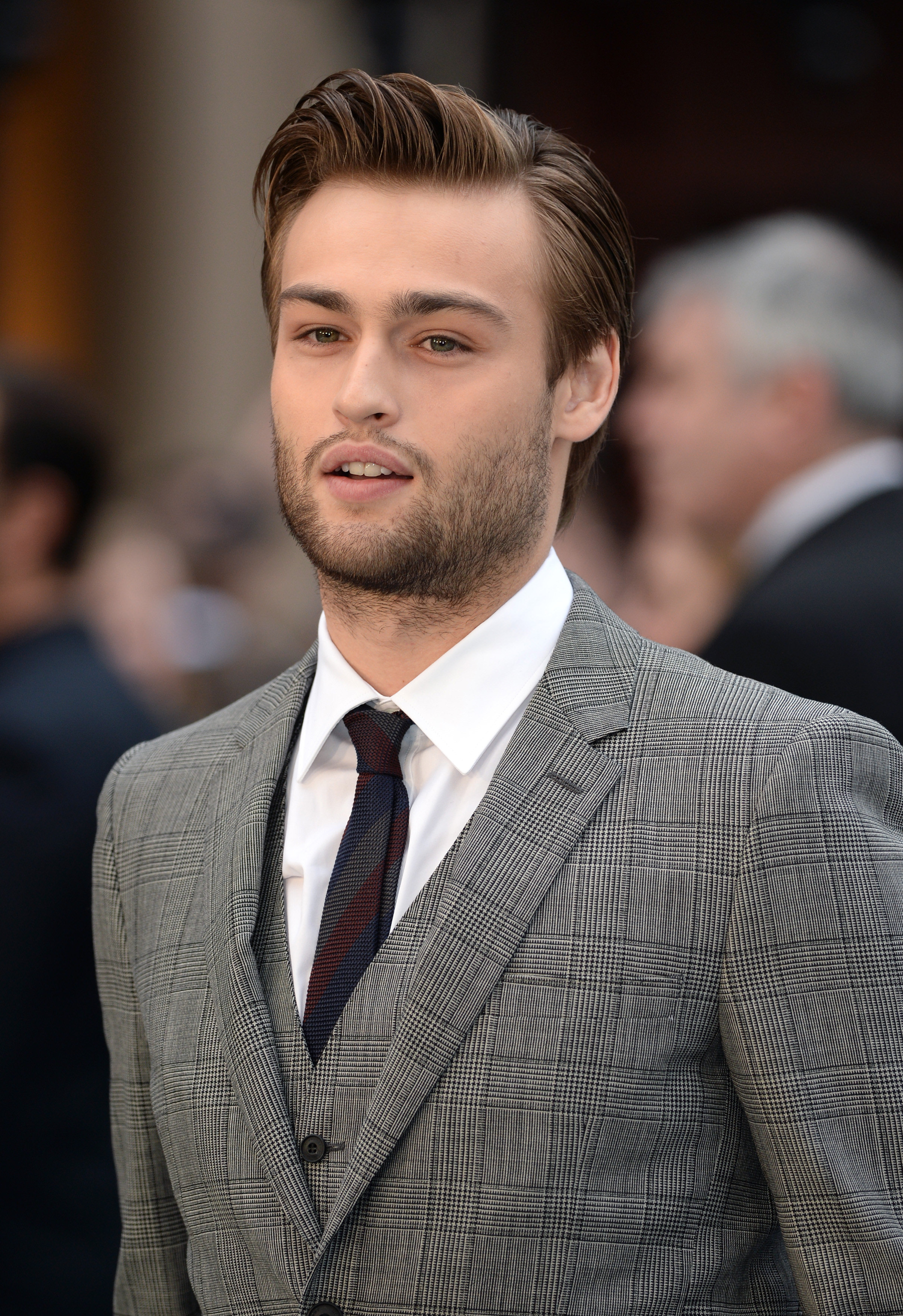 Nice wallpapers Douglas Booth 2401x3500px