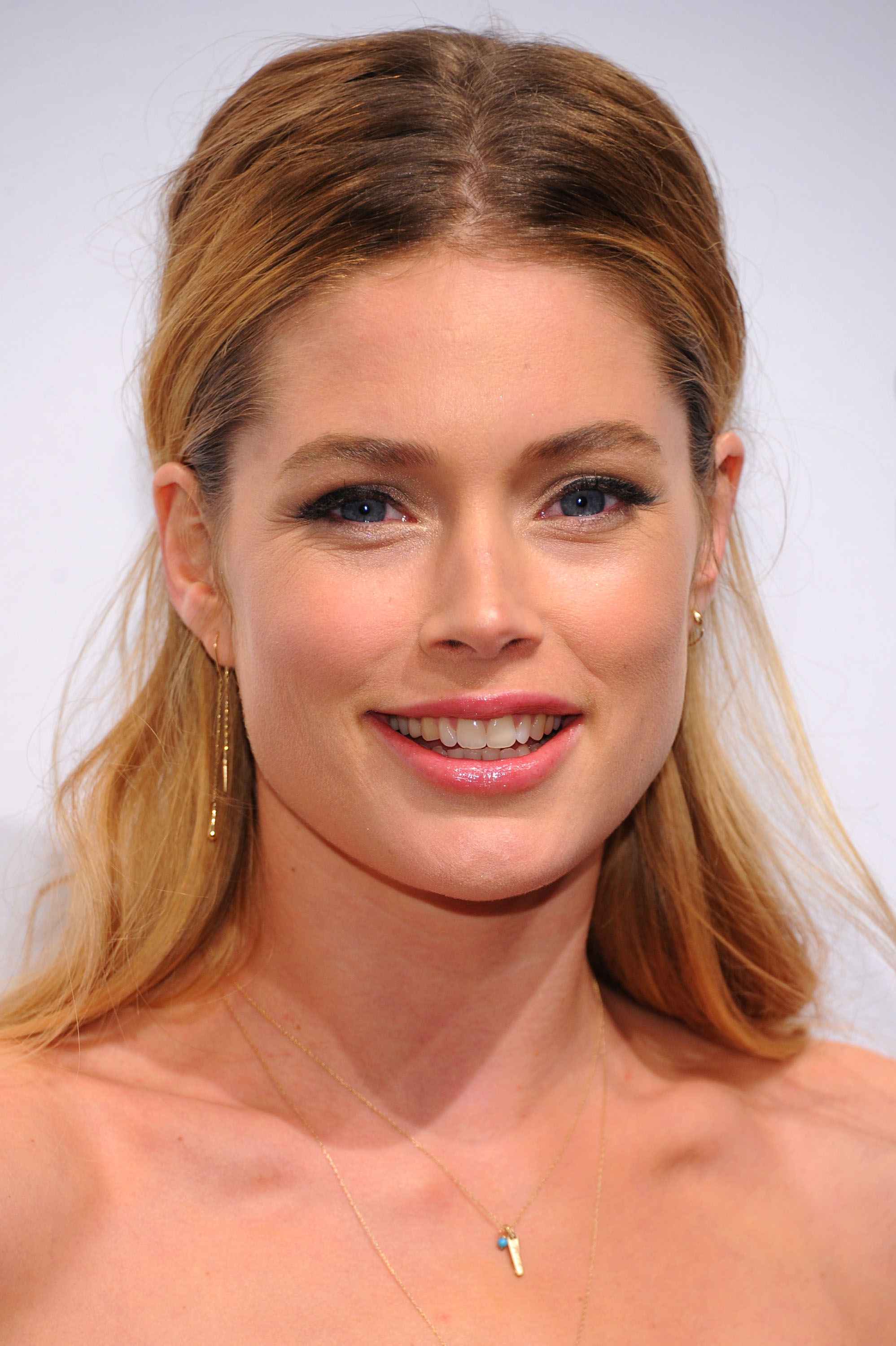 Nice wallpapers Doutzen Kroes 1997x3000px