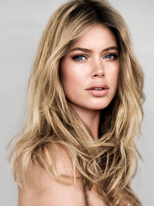 Amazing Doutzen Kroes Pictures & Backgrounds