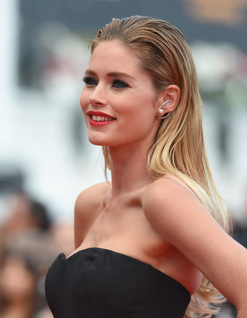 Nice Images Collection: Doutzen Kroes Desktop Wallpapers