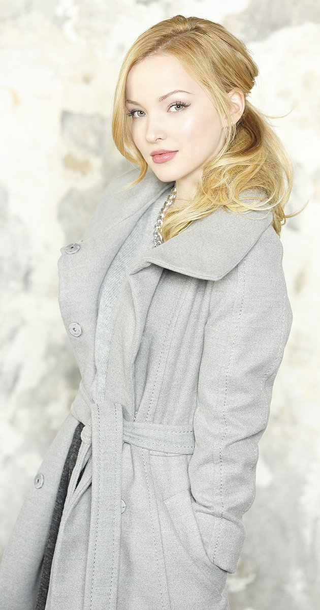 Nice wallpapers Dove Cameron 630x1200px
