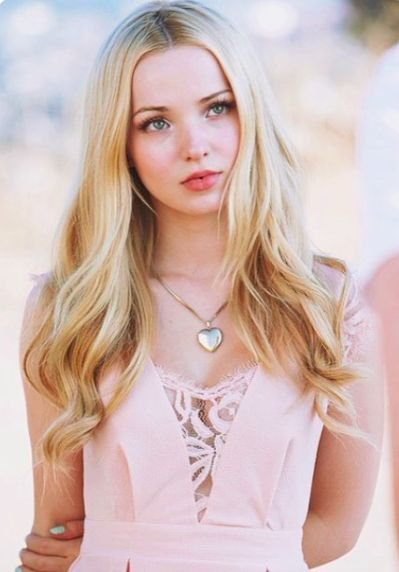HQ Dove Cameron Wallpapers | File 30.02Kb