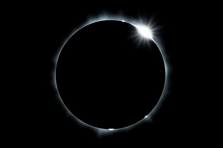 HQ Eclipse Wallpapers | File 12.14Kb